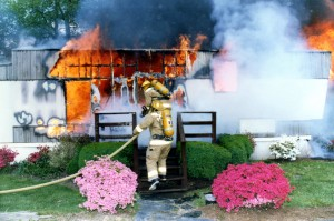 The right length of the hose is chosen based on several criteria. Knowing your district will help make this selection easier when time comes to deploy lines.  Trailer Fire; Bel Air, Maryland Photo Courtesy: John Gallagher, Firefightertoolbox.com