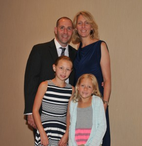 Robert, his wife Liz and their daughters Courtney & Sara